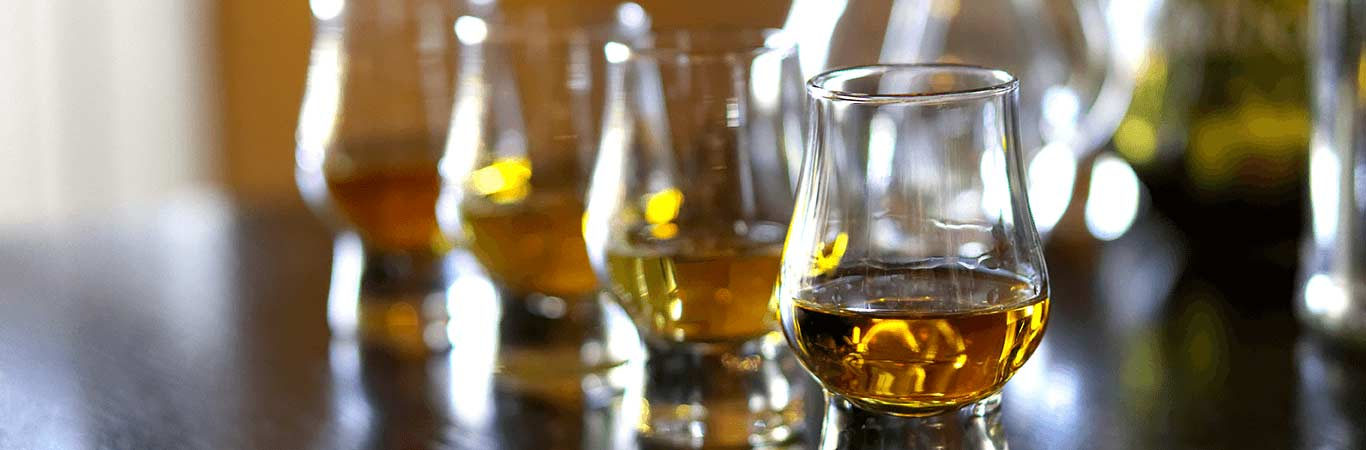 Why not enjoy whisky tasting on your hen party in Edinburgh with Great Away Days